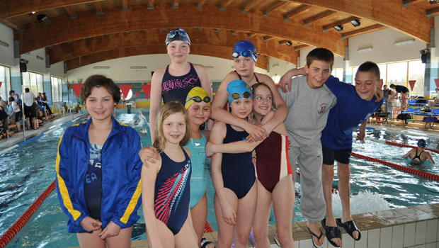 W dniu 16.04.2011 startowaliśmy w V Wielkanocnych Zawodach w pływaniu w Bydgoszczy. W zawodach uczestniczyło 26 zawodników , w tym 10 zawodników w grupie młodszej rocznik 2001-2003 oraz 16 zawodników […]