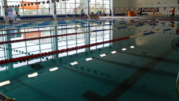 MTKP Delfin zaprasza wszystkich mieszkańców Torunia na zajęcia otwarte, które odbędą się 29 i 30 grudnia na pływalni przy Zespole Szkół nr 5 przy ul. Stefana Wyszyńskiego 1/5.