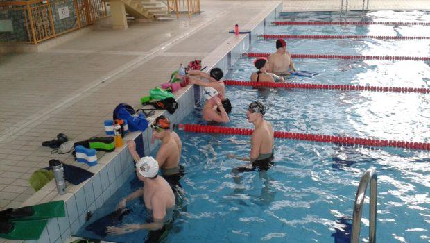 Zapraszamy na treningi w okresie ferii zimowych, na basenie przy ul. Wyszynskiego 1/5: 14.01. 8.00-10.00 i 16.00-18.0015.01. 8.00-10.00 i 16.00-18.0015.01. 8.00-10.00 i 16.00-18.0016.01. 8.00-10.00 i 16.00-18.0017.01. 8.00-10.00 i 16.00-18.0018.01. 8.00-10.00 […]