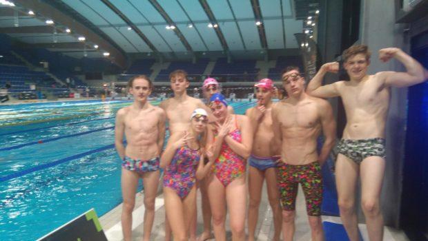 Pełen sportowych wrażeń był ubiegły weekend tj. 23-24.03.2019, podczas pierwszego w tym roku startu na basenie 50 m na zawodach z cyklu Grand Prix. Zawody zostały przeprowadzone na basenie w […]