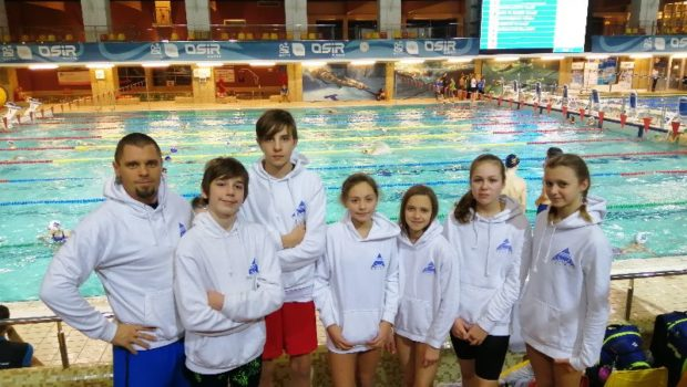 W weekend 14-15 grudnia grupa zawodników z Delfina odwiedziła Warmię i Mazury na zawodach pływackich w Olsztynie. W zawodach startowało prawie 1000 zawodników z 70 klubów z Polski, Rosji, Ukrainy […]